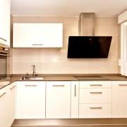 reforma de cocina con muebles y electrodomesticos en qtdkoro en bilbao